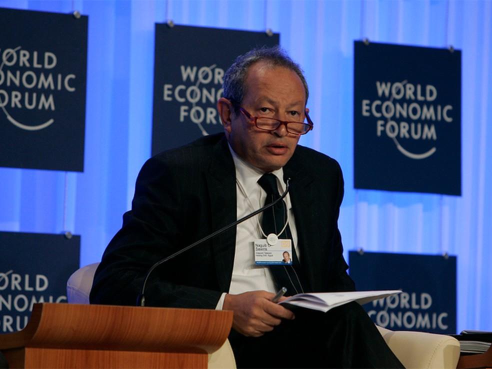 Naguib Sawiris durante o Fórum Econômico Mundial de 2009; bilionário egípcio se aliou a credores da Oi em plano de recuperação alternativo (Foto: Reprodução/Flickr/World Economic Forum/Nader Daoud)