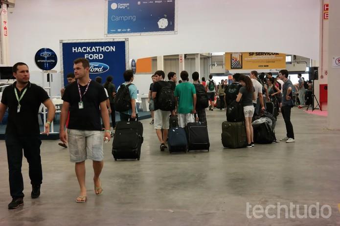 Campuseiros se preparam para voltar para casa  (Foto: Melissa Cruz/TechTudo)