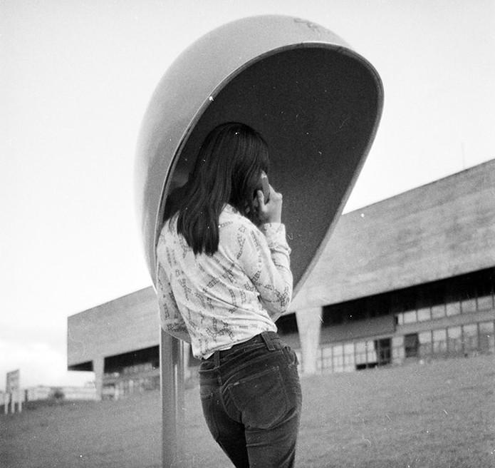 Chu se inspirou na forma de um ovo por conta da acústica e design (Foto: Reprodução/orelhao.arq.br)