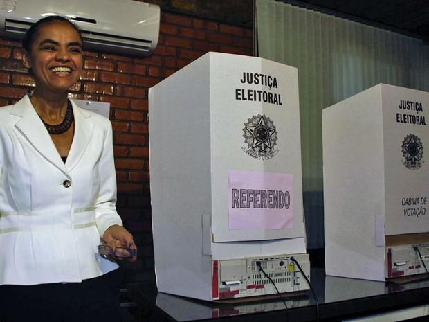 Marina Silva vota no Acre (Foto: Luciano Pontes/Futura Press)