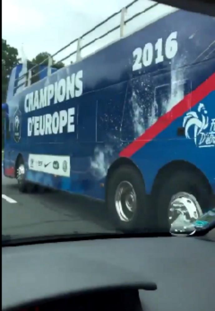ônibus França campeã