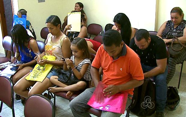 Alguns beneficiários precisam regularizar a situação para voltarem a receber (Foto: Bom Dia Amazônia )