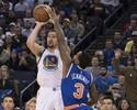 Warriors despacham Knicks e mantêm distância na liderança do Oeste
