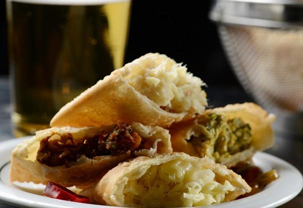 Chefs estrelados dão receita de pastéis gourmet. Aprenda a fazer!