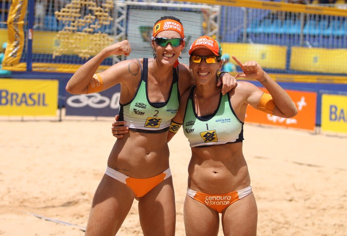 Fernanda Berti e Taiana, vôlei de praia (Foto: Paulo Frank / CBV)