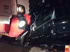 Carro bate de frente com caminhão e três pessoas morrem em Teófilo Otoni