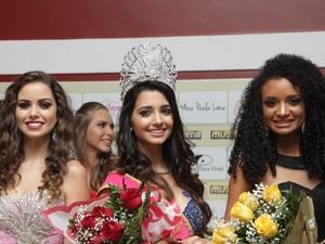 À esquerda, Susan Ramires, que ficou em terceiro lugar, no centro a Miss Roraima e à direita Thailla Carvalho, que ficou em segundo colocado (Foto: Inaê Brandão/G1 RR)