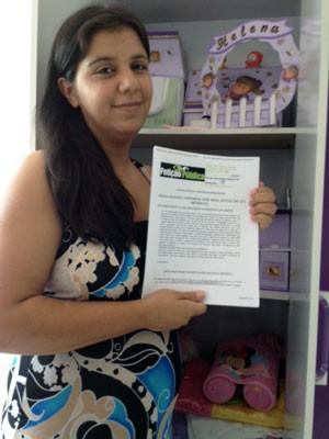 Tatiana, mãe de Helena, lançou a petição pública (Foto: Everton Chrisostomo/RBS TV)
