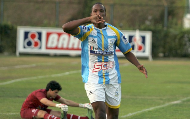 William, Macaé (Foto: Divulgação/Tiago Ferreira)