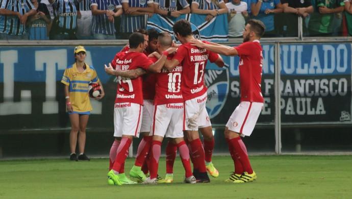 Gre-Nal 412 Grêmio Inter Arena Gauchão gol Roberson (Foto: Diego Guichard / GloboEsporte.com)