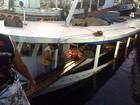 Embarcação pesqueira afunda após colidir contra balsa, em Manaus