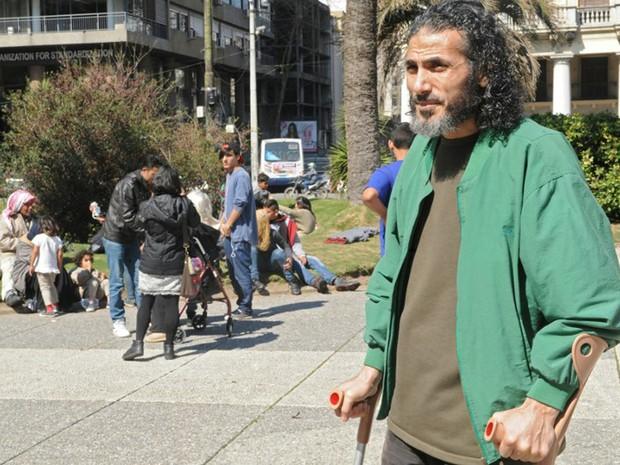 Autoridades acreditavam que sírio Jihad Diyab, que permaneceu 12 anos preso por EUA por supostas ligações com grupo extremista Al Qaeda, havia cruzado a fronteira com o Brasil (Foto: Miguel Rojo / AFP)