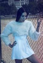 Lea T posa em campanha de moda para grife brasileira