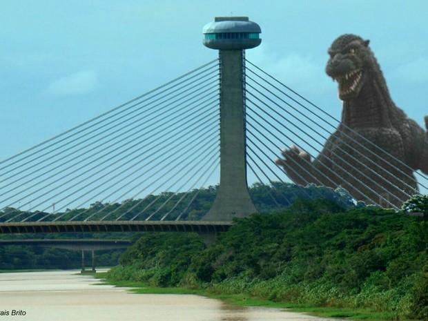 Godzila foi apontado como uma das principais causas para o tremor de Terra (Foto: Reprodução/Twitter)