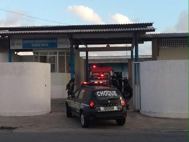 Confusão no Centro Socioeducativo Edson Mota, em João Pessoa (Foto: Felícia Arbex/TV Cabo Branco)