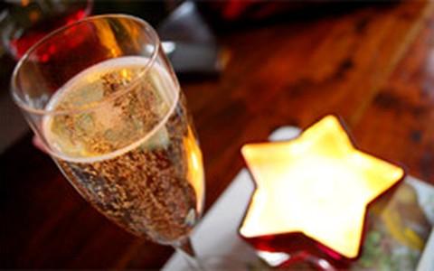 Como fazer coquetel de champanhe