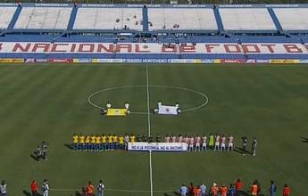 Jogadores de Brasil e Paraguai sub-20 exibem faixa contra racismo