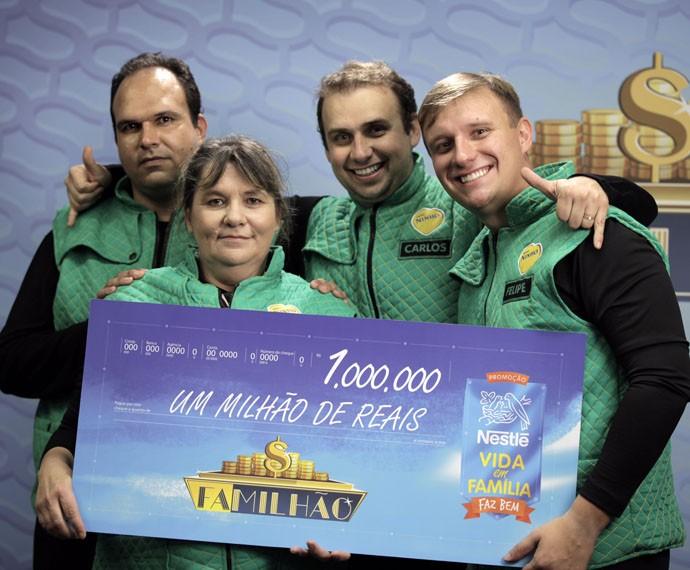 Família Evangelista é a segunda a ganhar R$ 1 milhão no Caldeirão (Foto: Divulgação/TVGlobo)