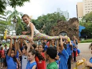 Flash mob com crianças faz parte das comemorações dos 190 anos de Limeira (Foto: Ceprosom)