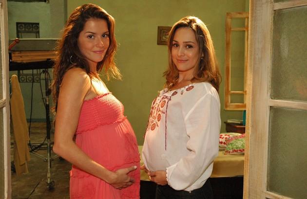 Em cena com Gabriela Duarte em 'América', novela na qual interpretou a imigrante Sol, em 2005 (FOTO: Kiko cabral/TV Globo)