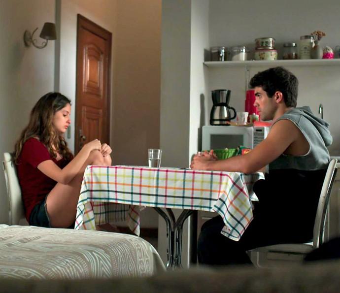 Nanda acaba falando de Filipe (Foto: TV Globo)