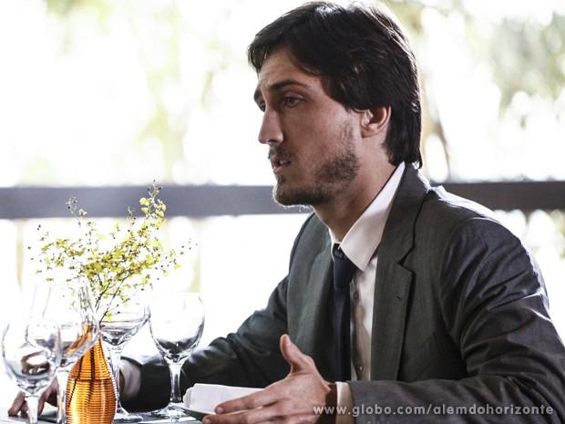 Marcelo tem certeza que foi trocado por outro (Foto: Inácio Moraes/TV Globo)
