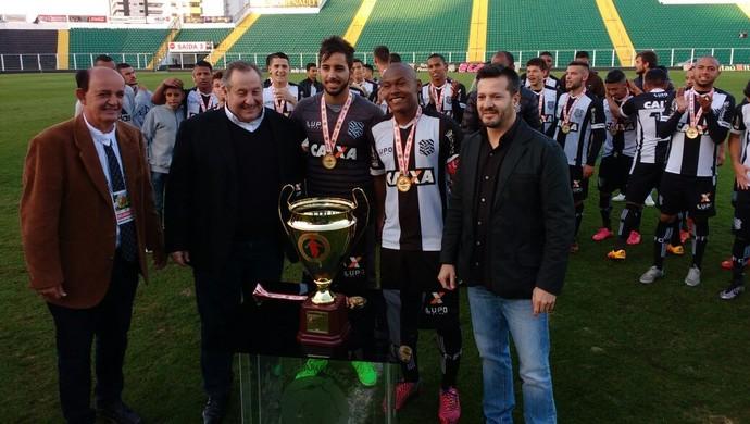figueirense campeão copa santa catarina sub-20 (Foto: Marcelo Siqueira / RBSTV)