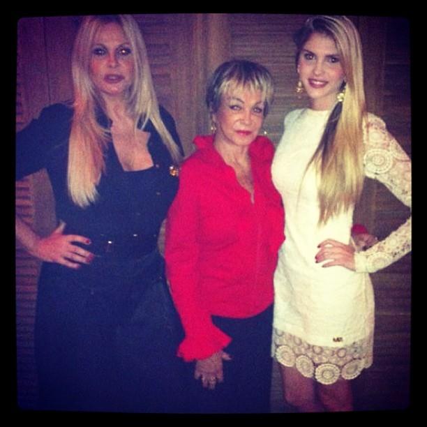 Monique Evans com a mãe, Conceição, e a filha Bárbara Evans (Foto: Instagram/ Reprodução)