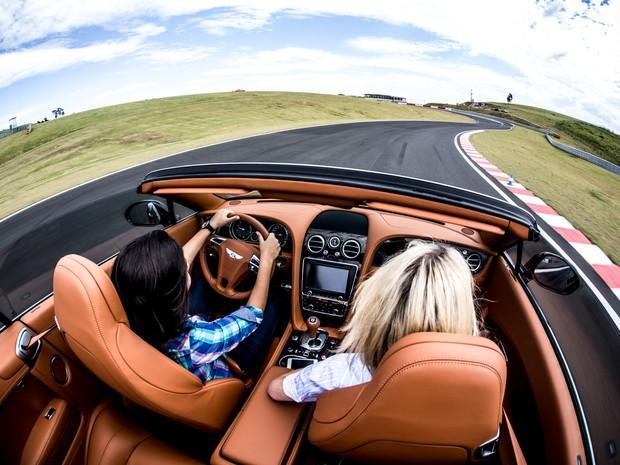 Auto Esporte - Bentley lança carro que parte de R$ 1,13
