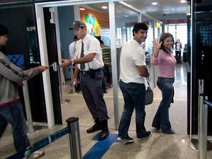 Micarla de Sousa e Miguel Weber em uma das suas viagens (Foto: Canindé Soares/G1)