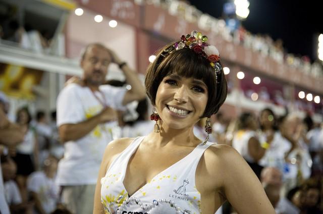 """Sabrina Petraglia no camarote """"Quem""""/O GLOBO  (Foto: Adriana Lorete)"""