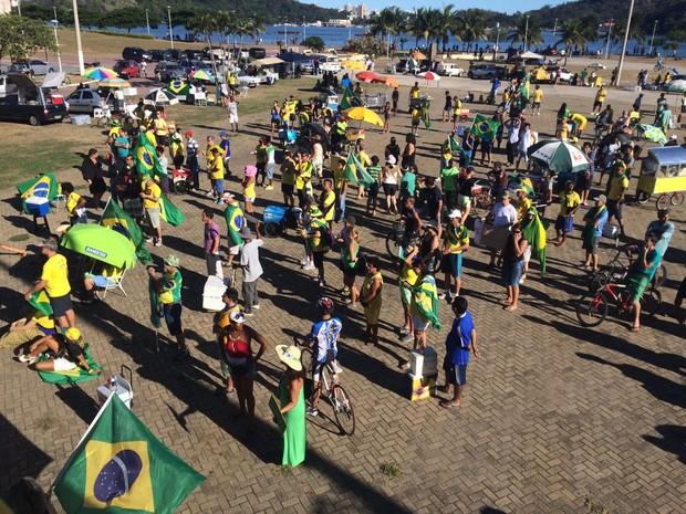 c8b4802cfa G1 - Espírito Santo tem protestos contra e a favor ao impeachment ...