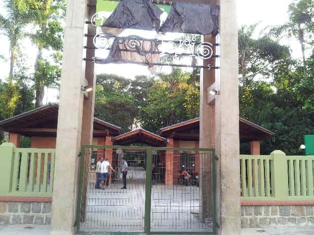 Fachada de entrada do parque ainda não está concluída (Foto: Mônica Basile/G1)