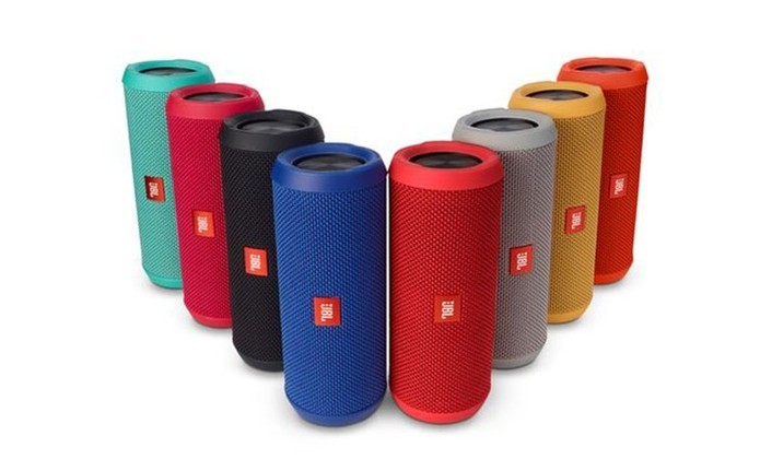 JBL Flip tem bateria que aguenta cerca de 10 horas de músicas (Foto: Divulgação/JBL)