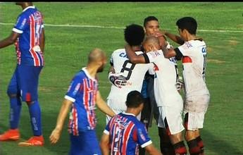 Com tempestade, jogo parado e gol olímpico,  Atlético-GO bate Itumbiara