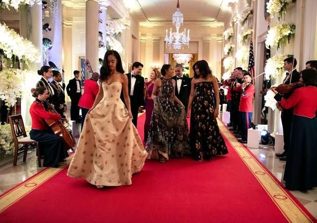 Michelle com as filhas (Foto: Reprodução)