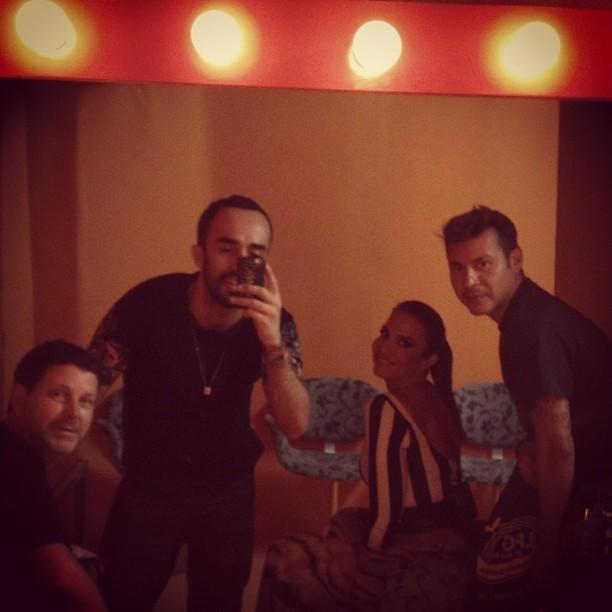 """Yan Accioli com Ivete Sangalo nos bastidores do """"Esquenta"""" (Foto: Reprodução/Instagram)"""