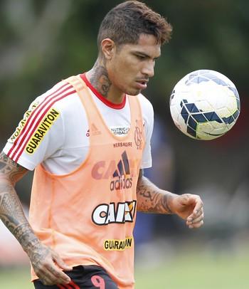 Guerrero treino Flamengo (Foto: Gilvan de Souza / Flamengo)