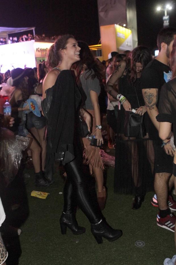 Bruna Marquezine  no Rock in Rio (Foto: Isac Luz / EGO)