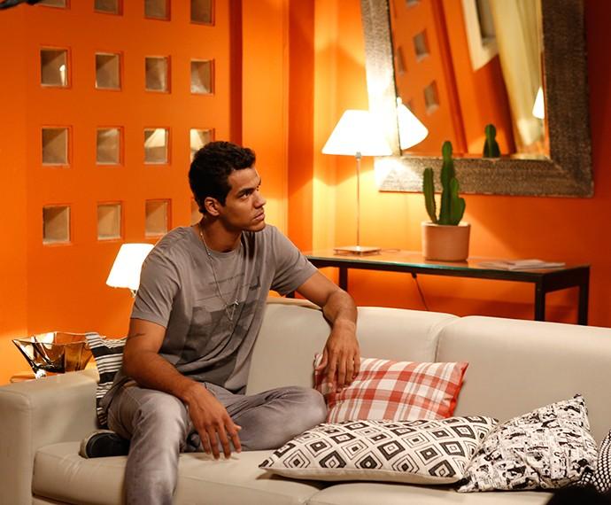 Ivan acata pedido do amigo (Foto: TV Globo)
