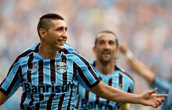 "Grêmio admite ""avaliar"" retorno de meia argentino Alan Ruiz para 2016"