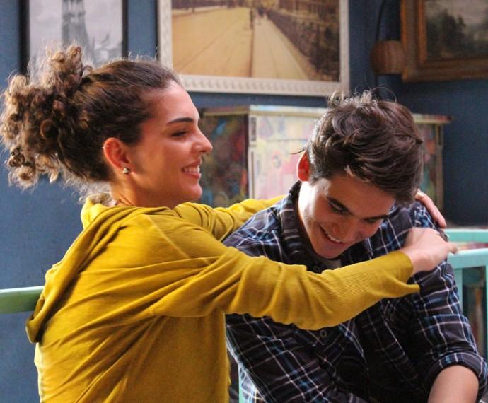 Rodrigo e Ciça comemoram a notícia (Foto: Gshow)
