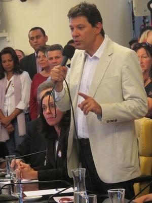 Haddad discursa durante convenção na Câmara (Foto: Márcio Pinho/G1)