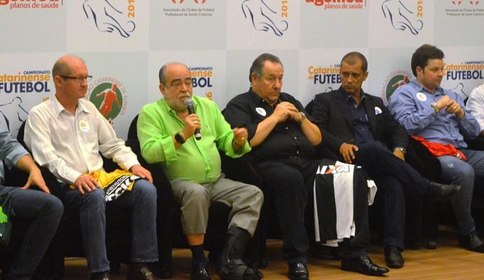 Campeonato Catarinense 2016 lançamento Delfim Peixoto de Pádua (Foto: Renan Koerich)