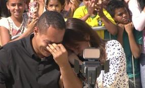 Reveja a emoção de Sargentinho após a reforma da sede da Banda Vitalina Corrêa