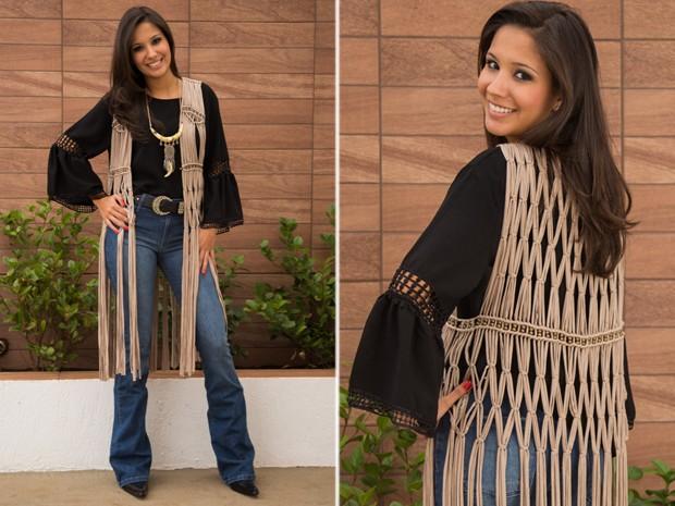 0363168b66077 Bastam uma camisa e um bom jeans para valorizar o colete com franjas (Foto