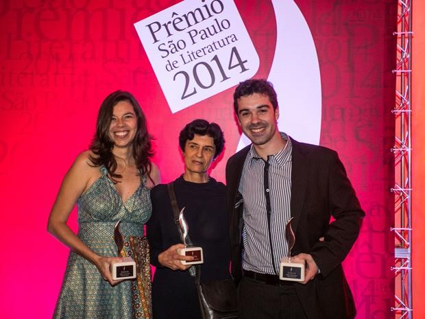 Da esq. para dir., Verônica Stigger, Ana Luisa Escorel e Marcos Peres, vencedores do Prêmio São Paulo de Literatura 2014 (Foto: Divulgação)