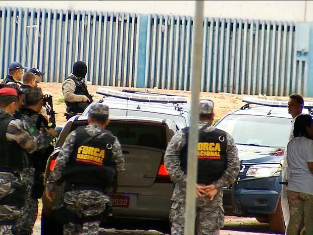 Suspeitos de comandar rebeliões no RN são transferidos para presídio federal (Foto: Reprodução GloboNews)