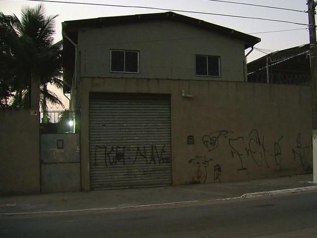 Rapaz é morto durante tentativa de roubo em Praia Grande, SP (Foto: Reprodução/TV Tribuna)