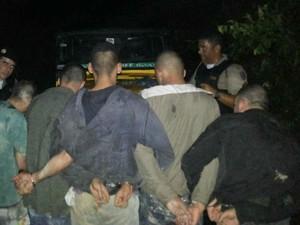 PM recaptura fugitivos de presídio de Barbacena (Foto: PM Barbacena/ Divulgação)